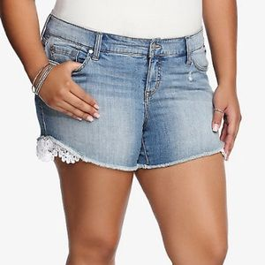 Torrid Distressed Lace Trim Shorts Size 16
